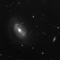 NGC 4725
